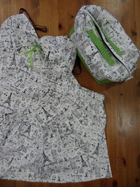 Vanity et vêtements Tissu à colorier Paris (Copier)