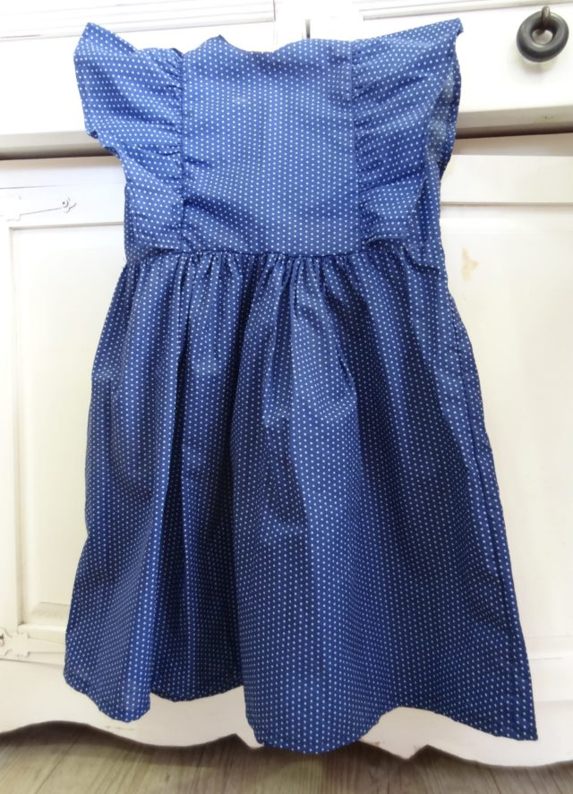 robe Manon en tissu FrouFrou devant