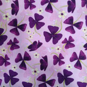 Tissu coton Les Pensées fond parme (x10cm)