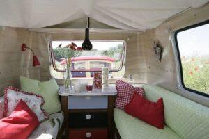Red Camping vontage