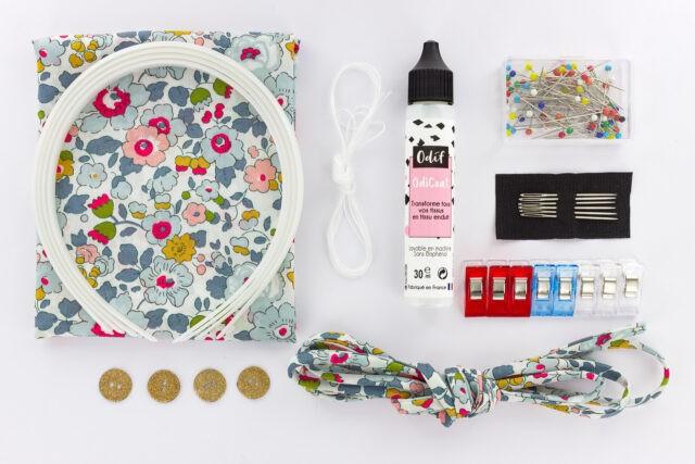 Kit-couture-entre-copines-contenu-Liberty-Betsy-a-La-Boutik-Creative-de-Rives
