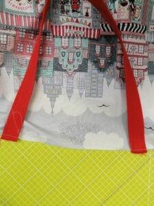 Pose des anses du sac cabas de Loubi - tuto de La Boutik' Creative de Rives
